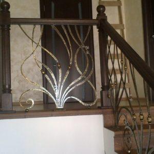 Кузня Лестницы и лестничные перила po-derevu8