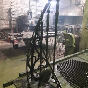 Кузня кованная мебель и предметы интерьера po-derevu17