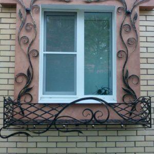 Кузня оконные решетки балконные перила10