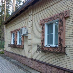 Кузня оконные решетки балконные перила11
