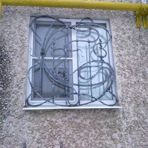 Кузня оконные решетки балконные перила4