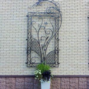 Кузня оконные решетки балконные перила7