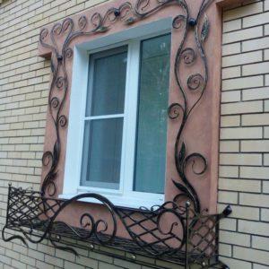 Кузня оконные решетки балконные перила9