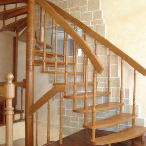 деревянная лестница на больцах16