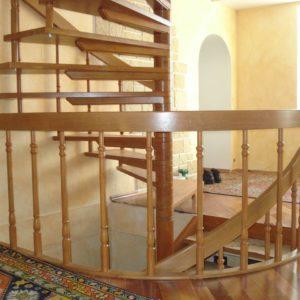 деревянная лестница на больцах19