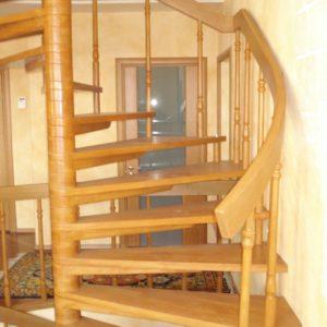 деревянная лестница на больцах23