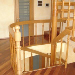 деревянная лестница на больцах4