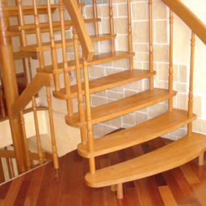 деревянная лестница на больцах5
