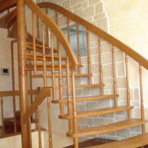 деревянная лестница на больцах8