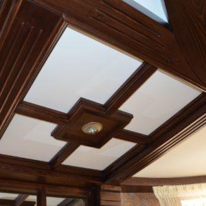 потолочные балки и стеновые панели из дерева5