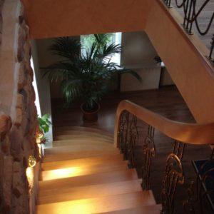 14_лестницы деревянные_9