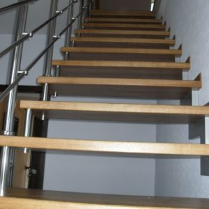 41_Лестница на больцах_10