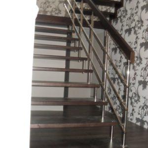 43_Лестница на больцах_13