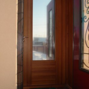 двери входные со стеклом под заказ