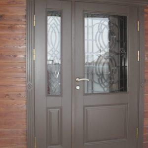 двери входные в котедж