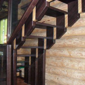 50_лестница дерево и стекло_13
