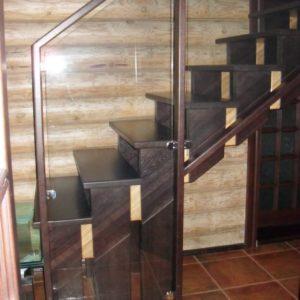 50_лестница дерево и стекло_22
