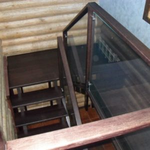 50_лестница дерево и стекло_4