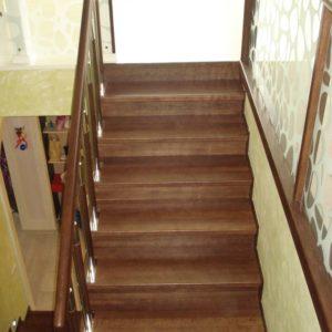 56_деревянная лестница в дом_10