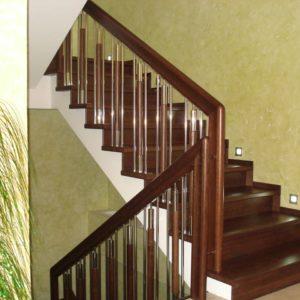 56_деревянная лестница в дом_3