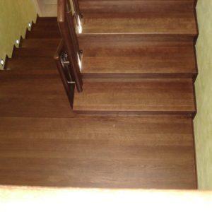 56_деревянная лестница в дом_9