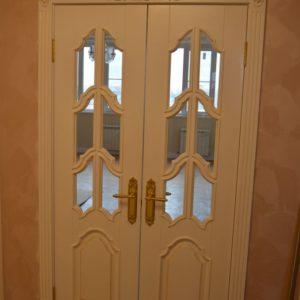 6.2_Распашные двери со стеклом_5