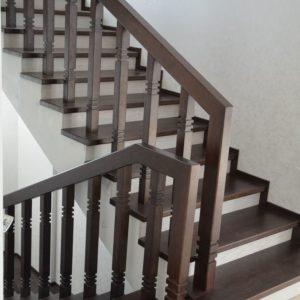 67_лестницы дерево массив_9