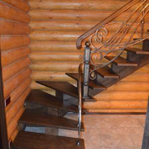 74_лестница с кованными перилами_1