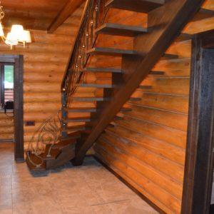 74_лестница с кованными перилами_2