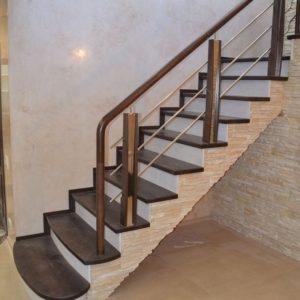 84_Стильная деревянная лестница_1