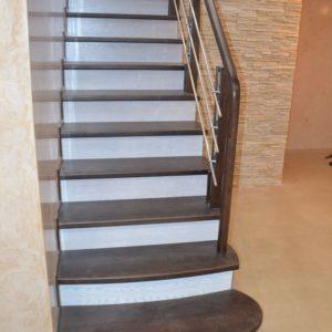 84_Стильная деревянная лестница_2