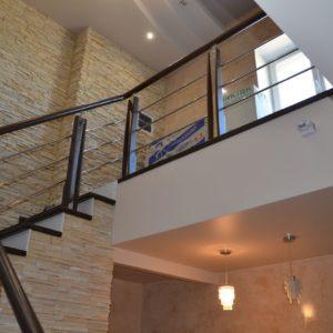 84_Стильная деревянная лестница_3