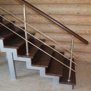 85_лестница из дерева_1