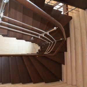 85_лестница из дерева_8