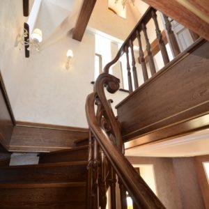 97_ шикарная лестница массив с резьбой ручной работы_14