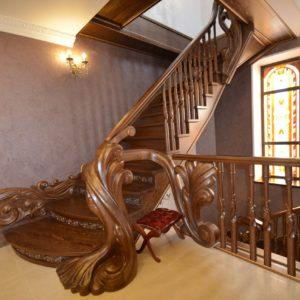 97_ шикарная лестница массив с резьбой ручной работы_19