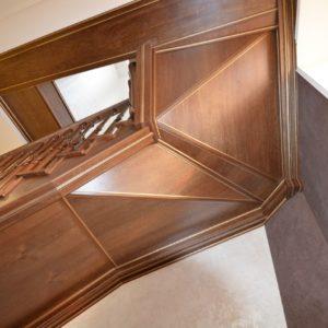 97_ шикарная лестница массив с резьбой ручной работы_24