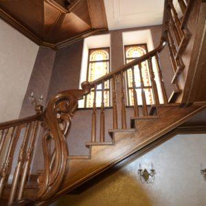 97_ шикарная лестница массив с резьбой ручной работы_27