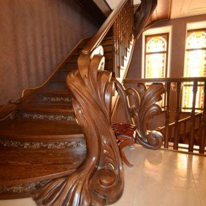 97_ шикарная лестница массив с резьбой ручной работы_8
